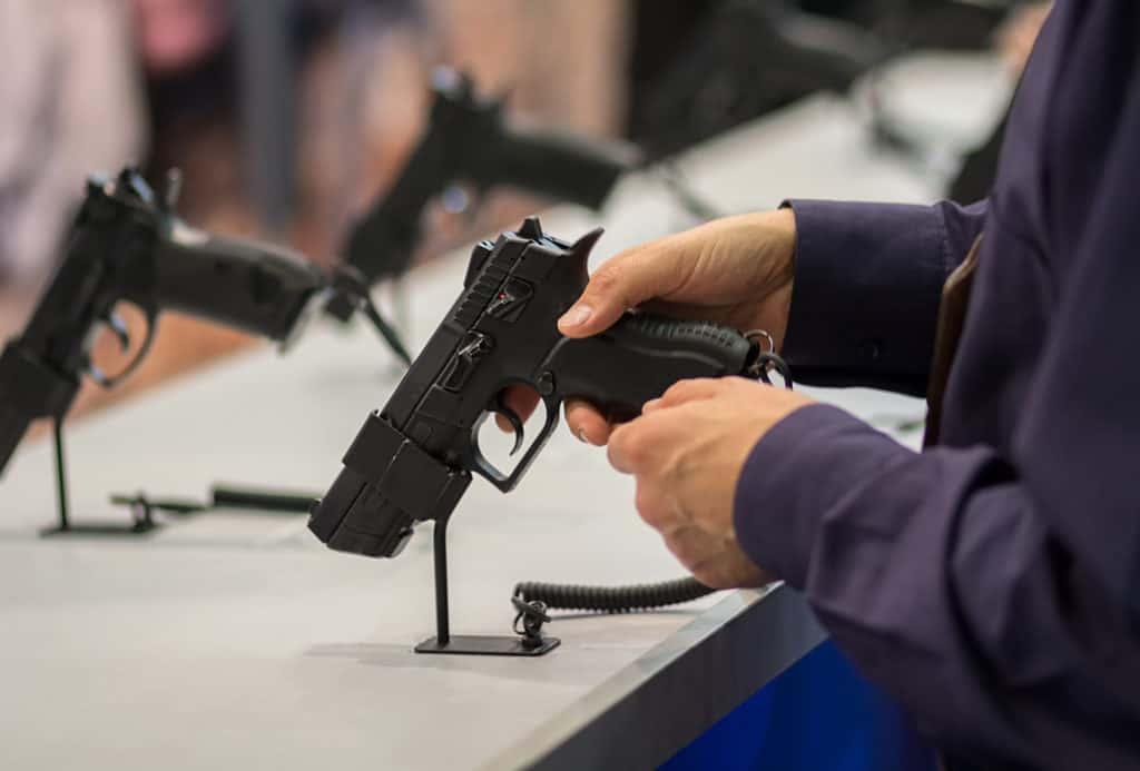 How To Check If a Gun Dealer Has FFL